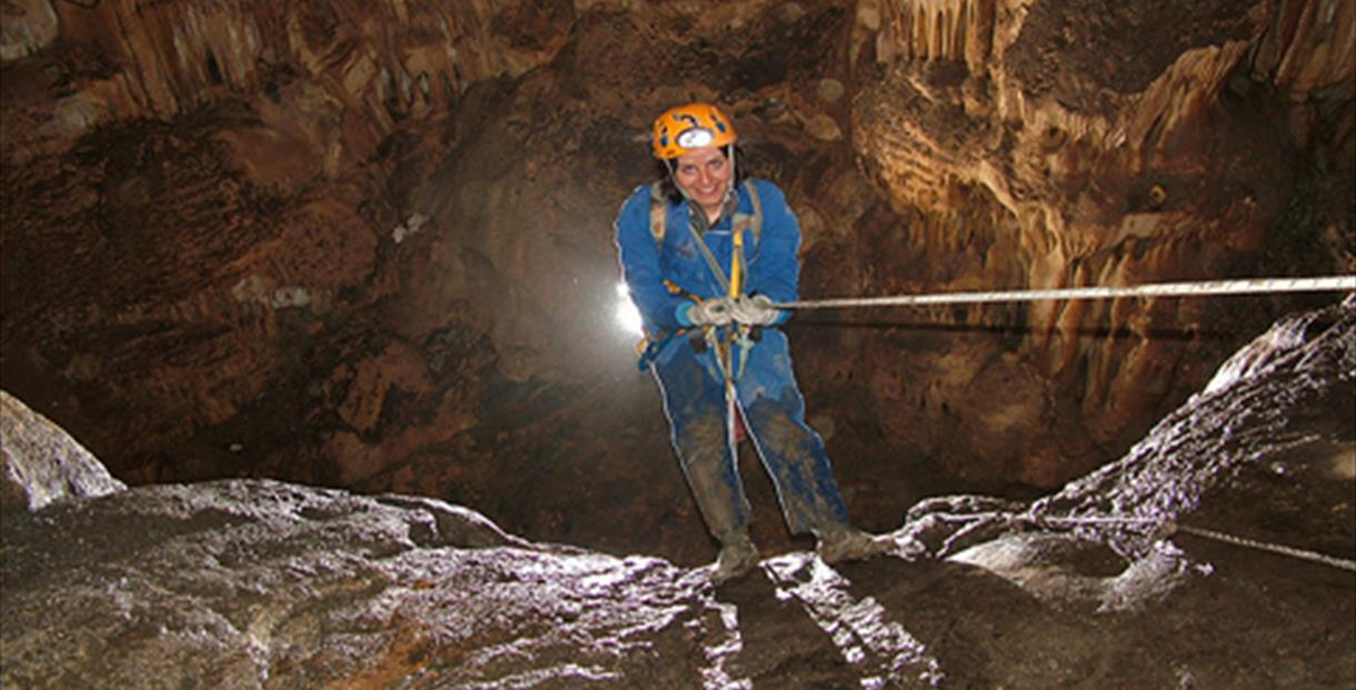 Caving in the Tinaja Cave